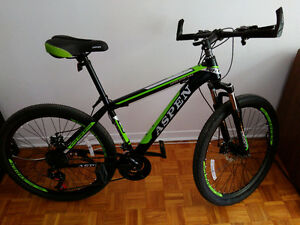 Mountain Bike with disk brakes and 21 speed NEW