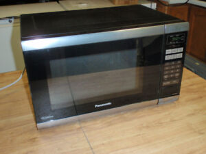 Micro-ondes inoxydable et noir Inverter/ microwave stainless ste