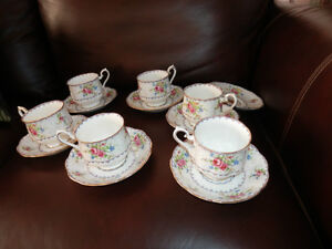 6 ROYAL ALBERT CUP AND SAUCERS