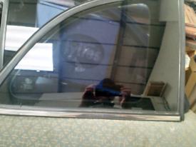 Fiat 500 rear quarter glass
