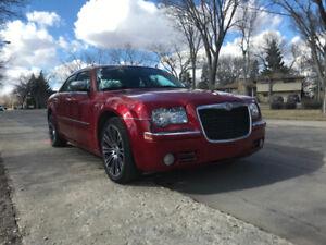 (Owner Vehicle) Chrysler 300 Limited for sale