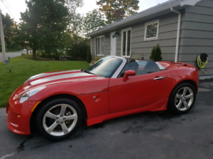 2008 Pontiac Solstice Convertible Like New!