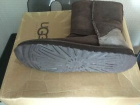 Ugg Boots UK6.5 Brown Authentic