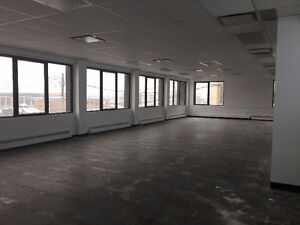 Office Space - Espace de bureaux - Ville St-Laurent