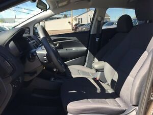 2013 KIA RIO LX * BLUETOOTH * LOW KM * LIKE NEW London Ontario image 14