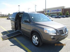 WHEELCHAIR VAN 2009 PONTIAC MONTANA, SIDE ENTRY, MINT