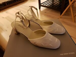 Size 8 embroidered wedding open back shoes