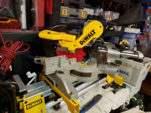 Almost 1/2 OFF - Dewalt Sliding Compound Saw Stand & Laser - WOW