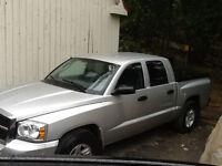Dodge Dakota SLT 4x4 quad cab