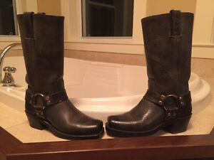 FRYE Classic Calvary Boots