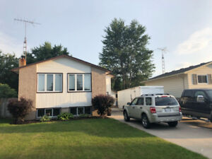 4 Bedroom Home for RENT in Wallaceburg