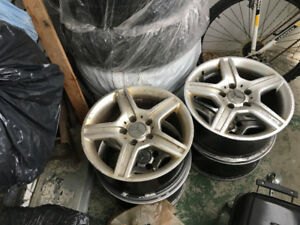 I am sell a rims for car