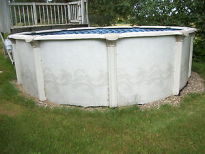 PISCINE HORS-TERRE ** ABOVE GROUND SWIMMING POOL ** 15' X 52'