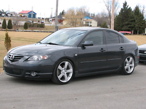 2004 Mazda3 GT FOR PARTS