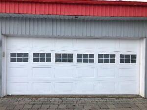 Porte de garage de 16 pieds