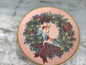 DECORATIVE CHRISTMAS PLATES London Ontario image 3
