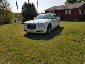 2007 Chrysler 300 Limited - LOW MILES