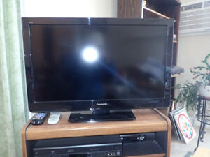 32-inch Panasonic TV and accessories