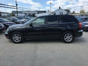 2006 CHRYSLER PACIFICA TOURING * AWD * LEATHER * SUNROOF London Ontario image 3