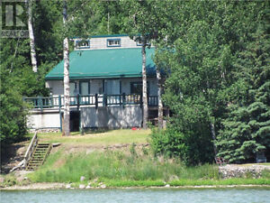 Secluded Lakefront Cabin on Lac La Biche