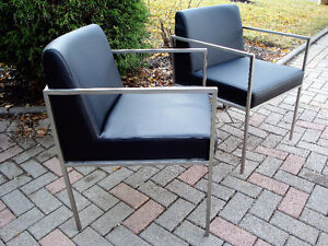 Mid century modern style chairs, contemporary style chairs London Ontario image 3