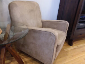Accent / Occasional Chair