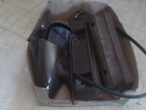 Mustang ghia 71-73 mustang windows, brown and armrest