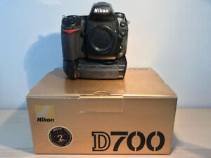 Nikon D700 + poignées grip