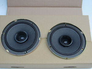 car speakers, Pioneer 15W RMS, 30 W Peak, 4 Ohm, pair