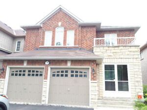 GORGEOUS DETACH HOUSE IN HOT LOCATION BRAMPTON