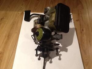 1986-1987 - GNX grand nationl power master and pedal origiginal.