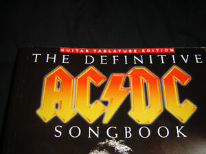 THE DEFINITIVE AC/DC SONGBOOK BRAND NEW NEVER TOUCHED 800 PAGES London Ontario image 1