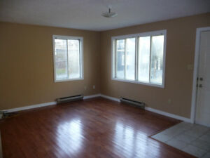 Uptown: 2-bedroom apartment available