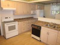 3 bedroom main floor unit for rent – Scarborough Town Center