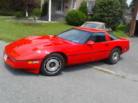 84 corvette 116000kms new brakes,tires,paint,stero sell or trade