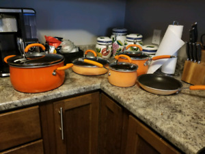 Rachael Ray Orange Pot Set