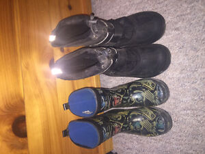 Size 2 BOOTS $10