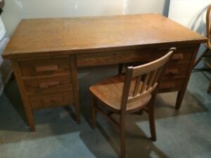 old school/office desk and chair