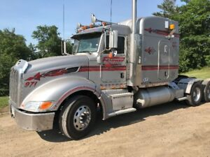 2007 Peterbilt 386 Heavy Spec Transport Truck