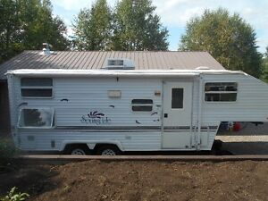 Elegant Puma 30Ft Travel Trailer FOR SALE From Marathon Ontario Thunder Bay