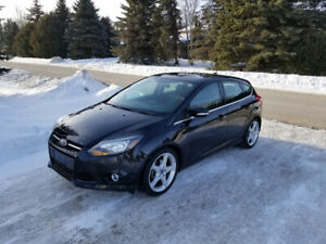 2012 Ford Focus TITANIUM, NEW SAFETY, EXCELLENT CONDITION!