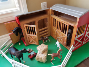 Melissa and Doug Horse Stable Barn with Breyer Horses