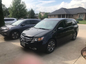 2014 Honda Odyssey TOURING-One owner, Winter tires, Warr to 200k