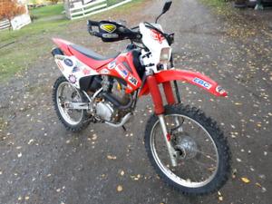 2004 CRF230F