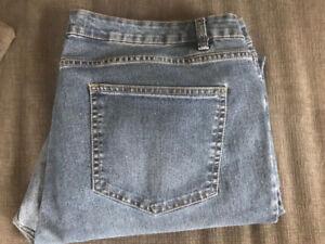 size 18 wind river jeans