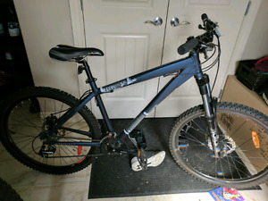 Diamond​back response Mountain bike