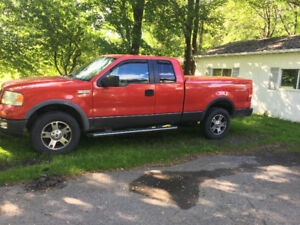 2005 Ford F-150 Couvercle rigide Camionnette