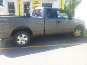 2006 Ford F-150 Pickup Truck EXT cab