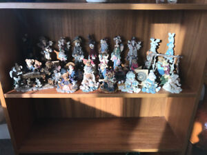 23 Boyd's bears with original boxes and papers
