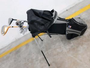 Jr Golf clubs and bag $25